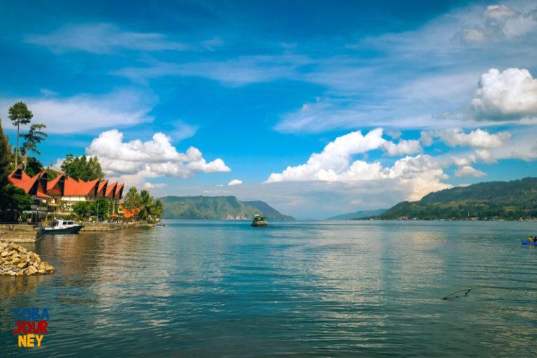 Satu Hari di Danau Toba