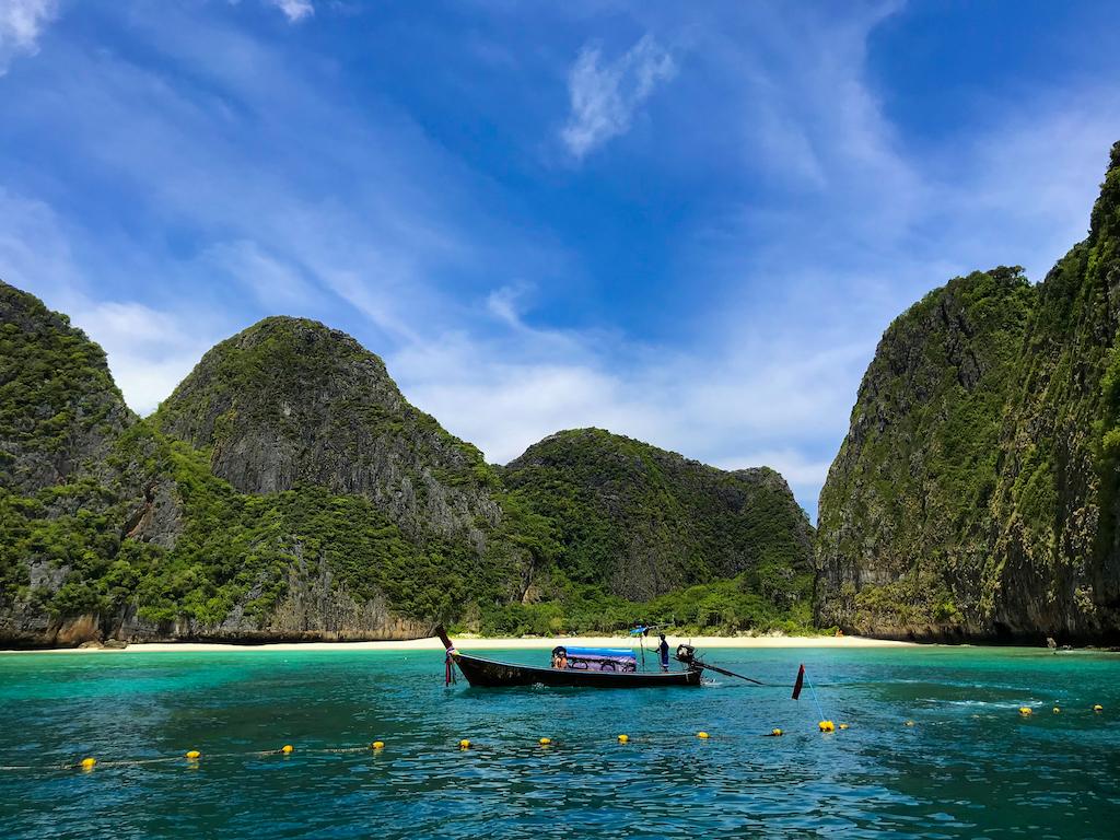 Liburan 6 Hari di Phuket & Kuala Lumpur (Part 1)
