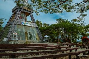 Flores-NTT-Indonesia-Riyanthi-3496